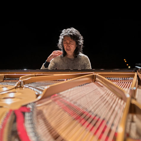 Uchida plays Mozart