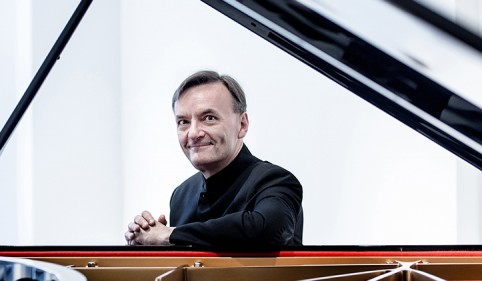 Hough plays Brahms | 19 May